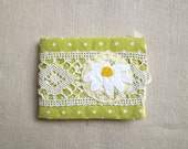 Green and Yellow Daisy Needle Book