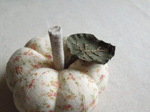 Cream Floral Pumpkin Pincushion with Leaf