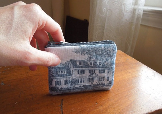 Black and White House Handmade Zipper Pouch