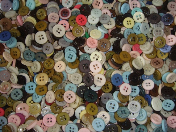 Small COLORFUL Craft Buttons 300 piece random selection of Sewing Buttons