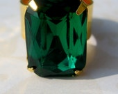 VIntage Emerald Glass Adjustable RIng-Bette- FREE US SHIPPING