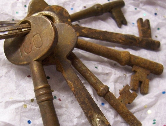 Antique Ponce de Leon Hotel Keys with Rusty Ring