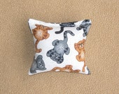 Organic Catnip Pillow, Square - Chillin' Cats