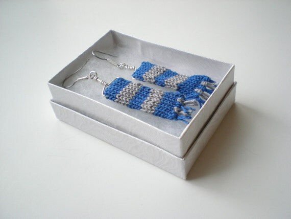 Knit Wizard Scarf Earrings - Blue and Silver