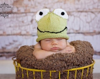 Knit Cotton Green Frog Hat Baby Hat, great photo prop
