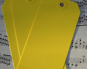 12 yellow shipping tags / for your crafts