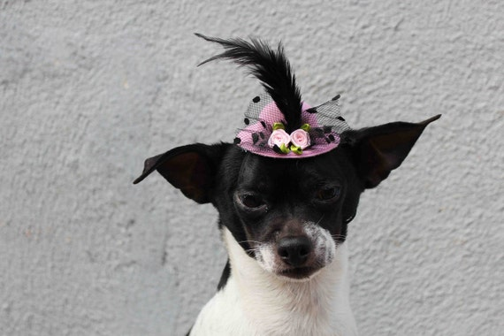 Cute pink color  mini  hat with feather and flowers for dog or cat