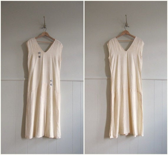 1920s vintage ivory cream silk and glass flapper dress