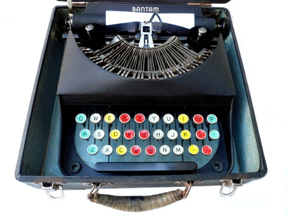 PROFESSIONALLY SERVICED Colored Key Remington Bantam Typewriter