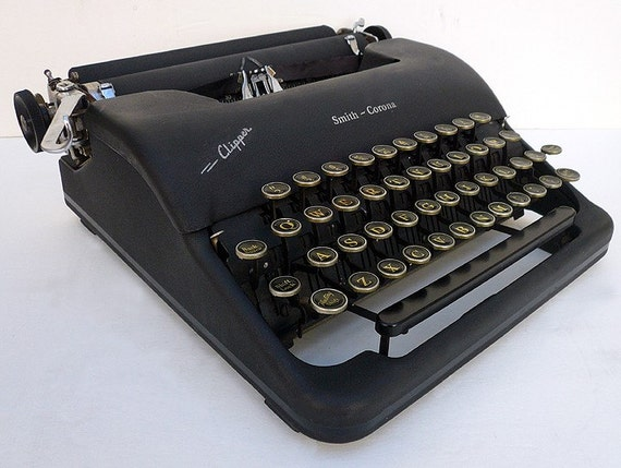 PROFESSIONALLY RESTORED 1940s Corona  Manual Portable Typewriter With Case