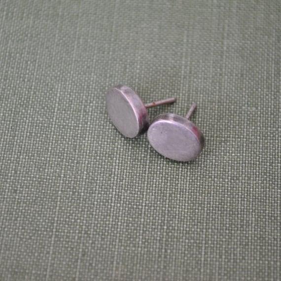 little oval sterling post earrings / simple