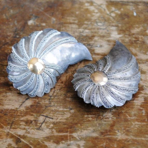oversized paisleys // stud earrings