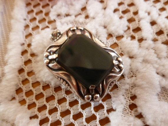 Grandmas Antique Silver Onyx Pendant Treasure Art Deco Style couponcode summersale takes off 20 percent