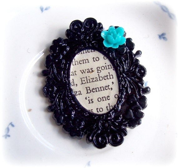 Brooch. Elizabeth Bennet. Pride & Prejudice. Jane Austen. Flower. Turquoise. Leaf. Cabochon. Upcycled. Cameo. Noir Literature Literary