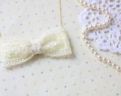 Lace Bow Necklace - Lace Bow - Ivory Lace - Bridal Accessories - Bridesmaid - Off White - Creamy - SSJ
