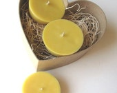 Sweet Honey Soy Floating Candles (Set of 3)
