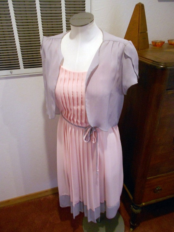 Vintage cotton candy Pink and Grey 2pc Flutter sleeve Caplet and Chiffon Pleated  Disco Dress S