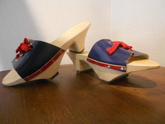 Vintage Asian Inspired Wooden Clog Slides sz US 7 -8