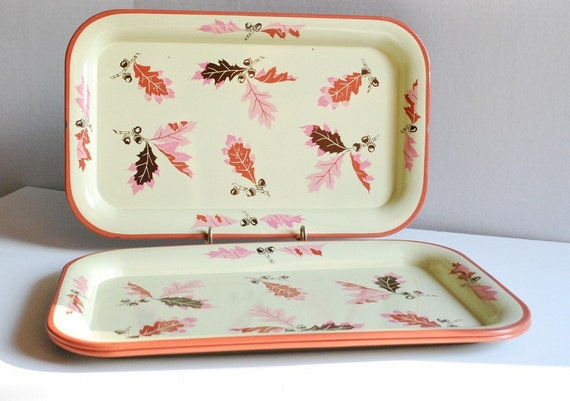 Vintage metal serving trays (3) with autumn leaves and acorns