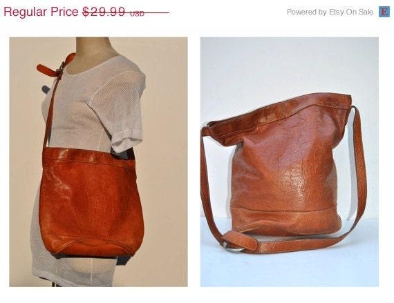 ON SALE vintage leather bag shoulder tote purse carry all