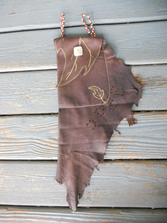 Chocolate Buckskin Leather Drop Belt Pouch with Elk Antler Closure and natural fringe - N