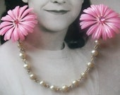 Pretty In Pink Fabulous Vintage Soft Plastic Flower Sweater Guard Clip Mad Men Spring Fashion