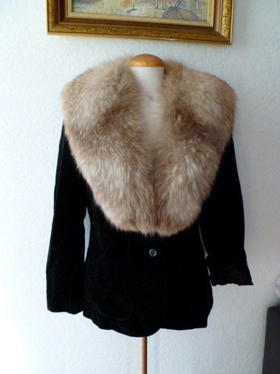 Vintage Blazer Velvet BLack Front Pockets Button Up Long Sleeve Jacket Faux Velvet