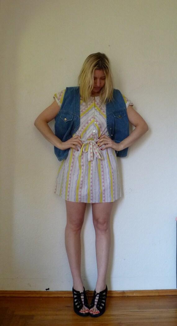 Vintage Printed Dress Striped Pattern Short Skirt Sleeve Multicolor Print Yellow White Mini