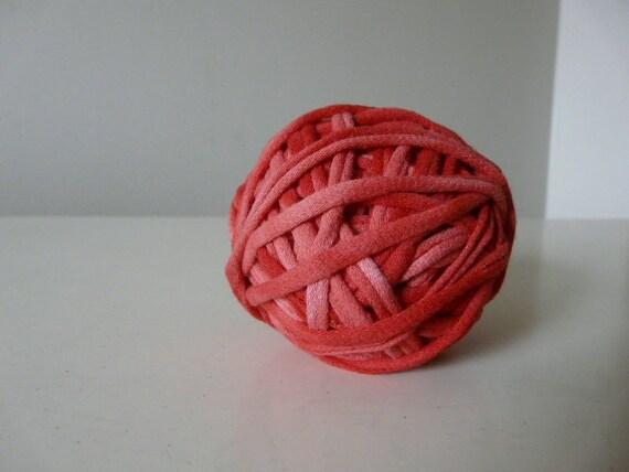 Recycled Tshirt Yarn - Red Tie Dye - 22 yds - RT429