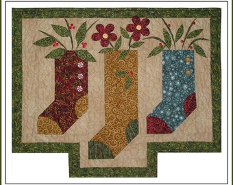 Three Stockings Wall Quilt Pattern With Free Hill Creek Buttons
