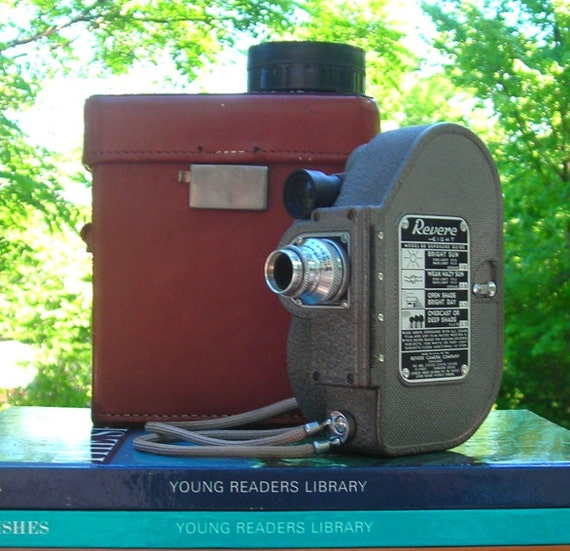Revere Eight Model 88 Movie Camera-Vintage