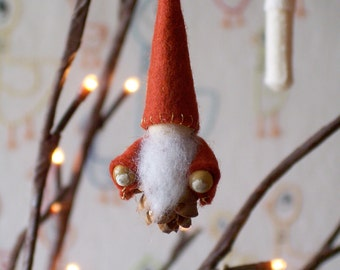 Wee Little Pine Cone Gnome- Red/Rust