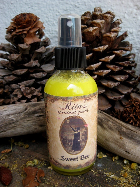 Rita's Sweet Bee Spiritual Mist Spray -  Accomplishment, Sweetness of Life - Pagan, Magic, Hoodoo, Witchcraft
