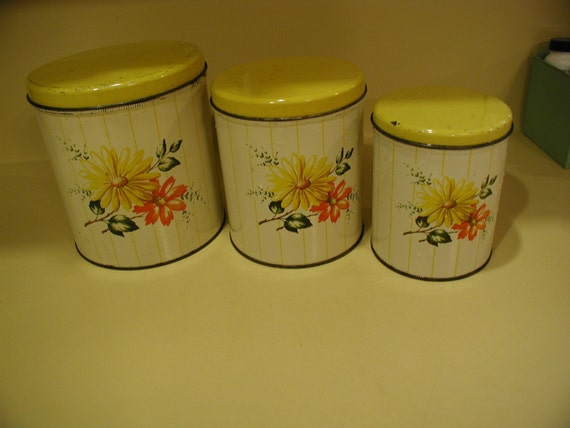 Set of 3 Vintage Tin Canisters Daisy Decoware