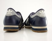 Vintage sneakers. blue Adidas. size 38/7.5