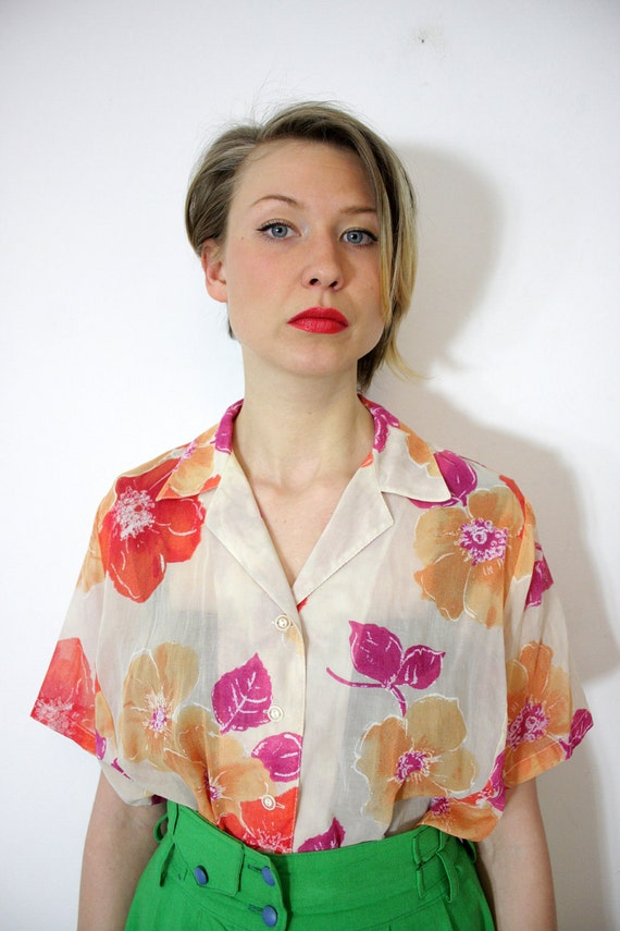 Vintage shirt / semi sheer floral short sleeve button up / size L