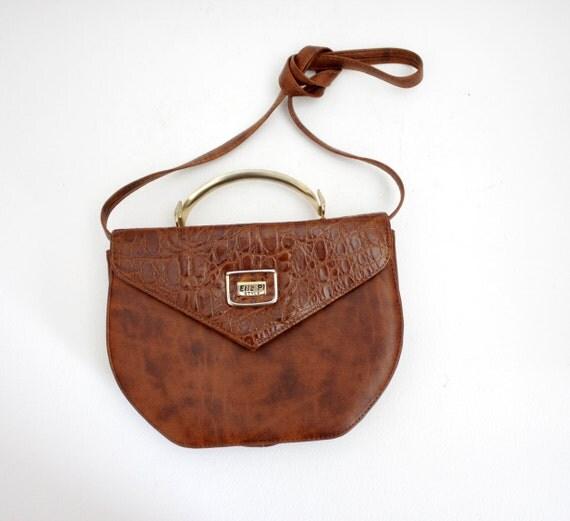 Vintage purse /  Elle Pi metal handle handbag