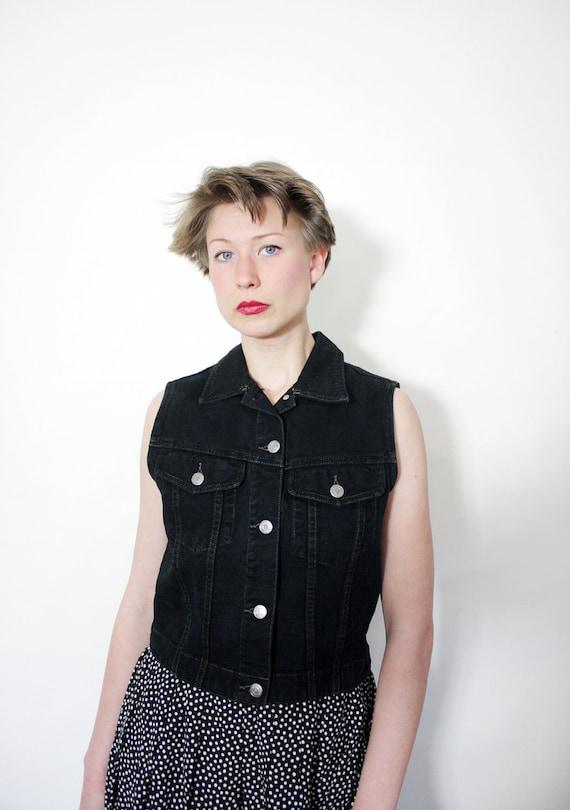 Vintage black jean gap vest. size S/M