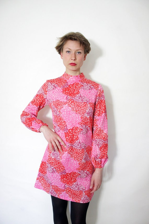 Vintage dress / first date 60s mod mini / size S