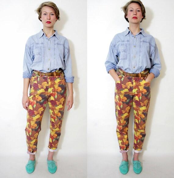 Vintage pants. Escada leaf print high waist cigarette jeans. size M