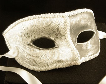 Seniore Bianca Mask, White and silver brocade covered eyemask with white trim