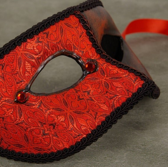 Gotico Rubina Mask, Red and black brocade covered eyemask with red rhinestones and black trim