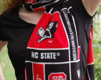 Fleece Scarf Go NCSU Wolfpack Wolf State