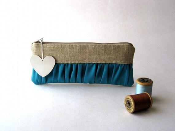 SALE - Was originally: 20 USD - The Mini True Romantic Pouch in linen/bondi blue- The Heart Collection
