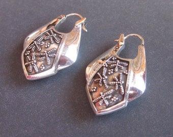 Balinese Sterling Silver  Dragonfly design hoop Earrings / Bali handmade jewelry / silver 925 / 1.25 inch long