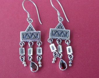 Awesome 2 inches long Sterling Silver Garnet gemstone dangle Earrings / Silver 925 / Balinese handmade jewelry