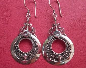Balinese sterling silver Topaz gem dangle Earrings / 2 inches long /  silver 925 / Bali handmade jewelry