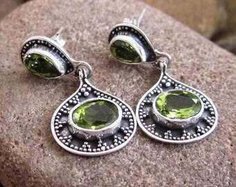 Balinese 925 Silver Peridot Stud Earrings / sterling silver /  Bali handmade jewelry (#206K)