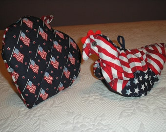 New Chicken Potholder,  PATRIOTIC Quilted Fabric,  Made in the U.S.A.  Ready to Ship.