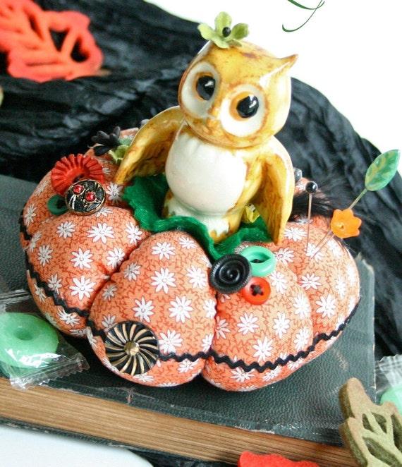 Vintage Owl Pincushion